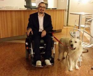 Luigi Gariano assieme al suo cane, Ettore.